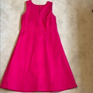 Fuchsia just below the knees dress piping detail!